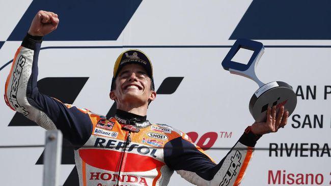 Pengamat MotoGP yang merupakan mantan manajer Valentino Rossi, Carlo Pernat, mengatakan Marc Marquez menang MotoGP San Marino berkat pebalap Yamaha tersebut.