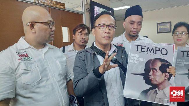 Ketua Umum Kelompok Relawan Jokowi Mania Imannuel Ebenezer mengatakan Presiden Jokowi memastikan Partai Gerindra masuk dalam koalisi pendukung pemerintah.