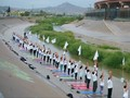 VIDEO: Aksi Damai Lewat Yoga di Perbatasan Amerika-Meksiko
