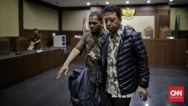 Terdakwa Romahurmuziy mengklaim dibayari stafnya di DPR untuk menginap di hotel sebesar Rp12 juta, bukan dibiayai staf Kemenag.