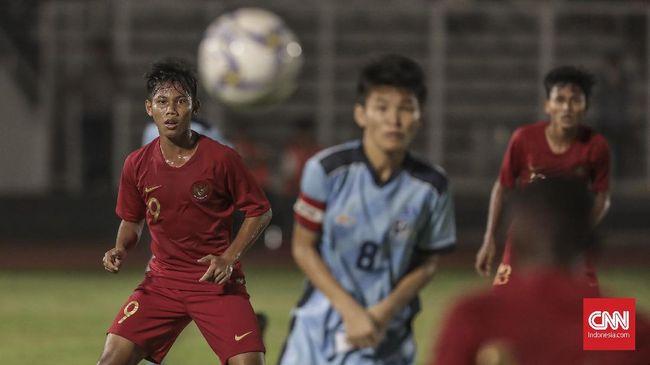 Pelatih Timnas Indonesia U-16, Bima Sakti, melarang para pemainnya melakukan banyak selebrasi usai mencetak gol.