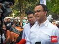 Di Depan Warga, Anies Sindir DPRD Sibuk soal Lem Aibon