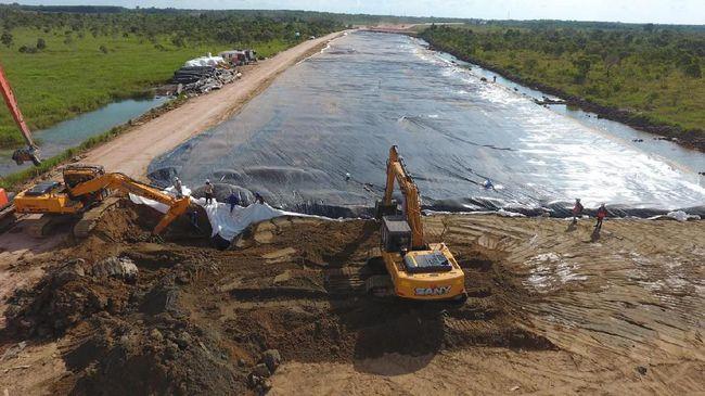 Kementerian PUPR menyebut proyek Tol Trans Sumatera terancam terhenti pembangunannya karena kekurangan modal dari negara sebesar Rp60 triliun.