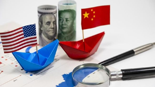 Perang dagang AS dan China membuat penjualan perikanan online Indonesia melonjak. Pasalnya, permintaan komoditas laut ke AS pindah ke Indonesia.