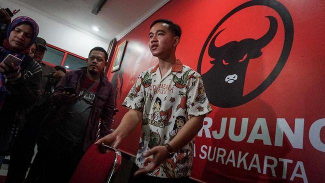 Putra Presiden Jokowi, Gibran Rakabuming akan mendatangi kediaman Ketua Umum PDIP Megawati Soekarnoputri, belum diketahui agenda apa yang akan dibahas.