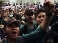 Polisi Tahan 40 Mahasiswa yang Unjuk Rasa di DPRD Sumut