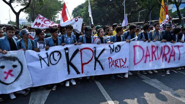 DEMA UIN Syarif Hidayatullah mengaku belum memiliki agenda untuk ikut demo menuntut penerbitan Perppu KPK, Kamis (17/10).