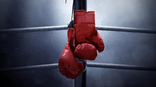 Jelang Tyson vs Jones, Mantan Juara Slam Dunk NBA Kalah KO