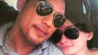 Kacamata hitam menambah kekompakan pasangan yang satu ini. (Foto: Instagram/ @febry_khey)