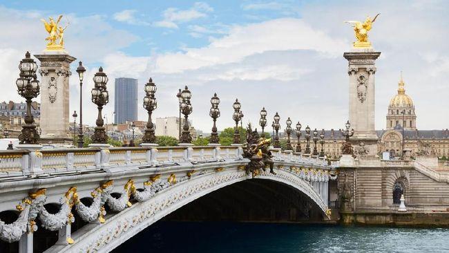 Menara Eiffel bukan satu-satunya sudut indah yang dimiliki kota Paris, Prancis.