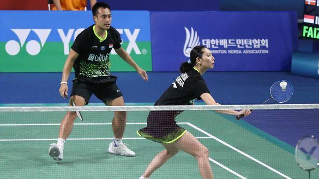 Hafidz Faizal/Gloria Emanuelle Widjaja kalah dari pasangan Malaysia Hoo Pang Ron/Cheah Yee See dalam babak perempat final Toyota Thailand Open 2021.