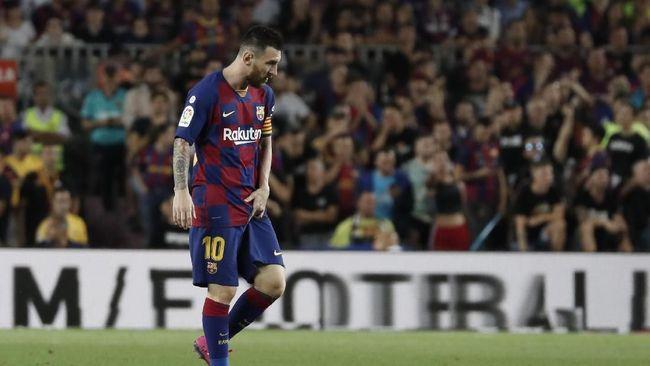 Tanpa kehadiran Cristiano Ronaldo di laga El Clasico sejak musim lalu, bintang Barcelona Lionel Messi tak kunjung bergairah.