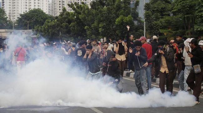 Mendikbud Muhadjir Effendy menerbitkan surat edaran berisi larangan pelibatan siswa dalam aksi unjuk rasa yang berpotensi pada tindak kekerasan dan kekacauan.