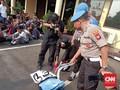 Polres Jakbar Amankan Celurit dari Tas Pelajar STM