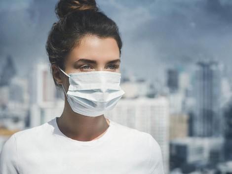 Tipe Orang yang Harus Tetap Pakai Masker saat Ada di Rumah