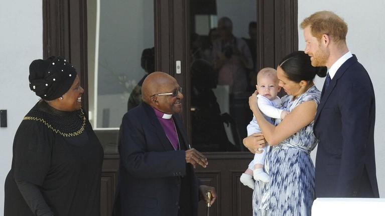 Ikut sertanya Archie di Royal Tour kali ini membuat publik semakin semangat untuk melihat bayi imut ini lagi.