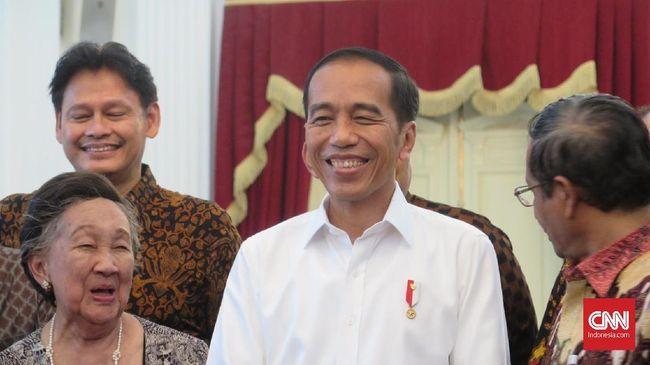 Aliansi Badan Eksekutif Mahasiswa (BEM) seluruh Indonesia menolak bertemu dengan Presiden Joko Widodo. Mahasiswa meminta pertemuan dilakukan secara terbuka.