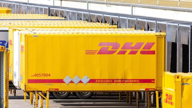 DHL Supply Chain mendapatkan angin segar dari meningkatnya bisnis e-commerce di tengah pandemi. Perusahaan meraup pendapatan 3,3 miliar euro per kuartal II 2021.