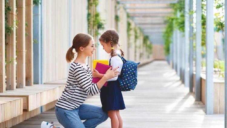 Ucapan Positif Orang Tua untuk Ajak Anak Selalu Berbuat Baik