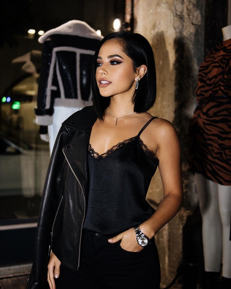 Becky G mulai dikenal publik sejak video dirinya mengcover sebuah lagu viral pada 2011 lalu.