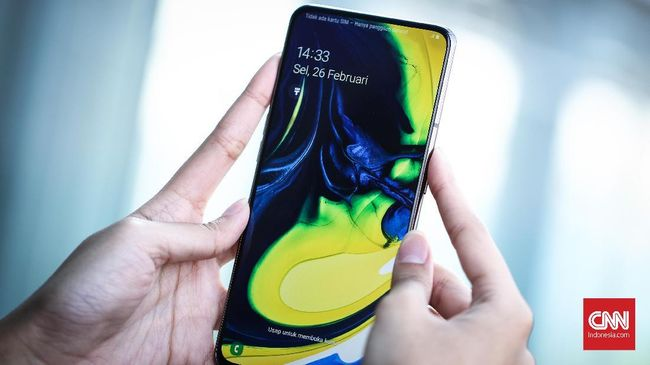 Samsung Galaxy A80, HP Kamera Putar Jagoan 'Low Light'