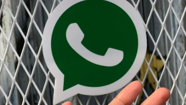 Ada fitur baru WhatsApp nih, Bunda. Orang lain tak bisa asal memasukkan kita ke dalam sebuah grup.