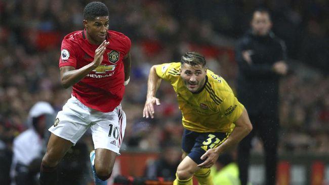 Manchester United akan menjamu Arsenal pada lanjutan Liga Inggris akhir pekan ini. Berikut jadwal siaran langsung Man Utd vs Arsenal di Liga Inggris.