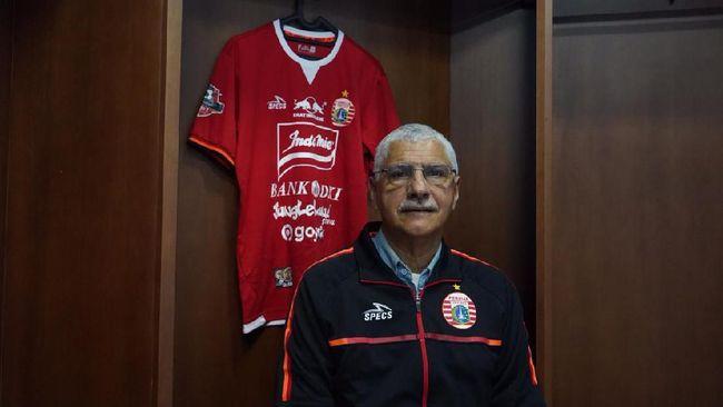 Bek asing Persija Jakarta Alexandre Luiz Reame atau Xandao yakin pelatih anyar Edson Tavares bisa mengembalikan Macan Kemayoran ke jalur kemenangan.
