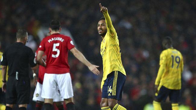 Arsenal akan bersua Manchester United dalam laga lanjutan Liga Inggris di Stadion Emirates, London, Minggu (31/1) dini hari WIB.