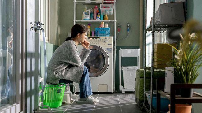 Film 'Kim Ji-young, Born 1982' diangkat dari novel berjudul sama. Di Korea, film ini mendulang sukses sekaligus kontroversi karena kuatnya budaya patriarki.
