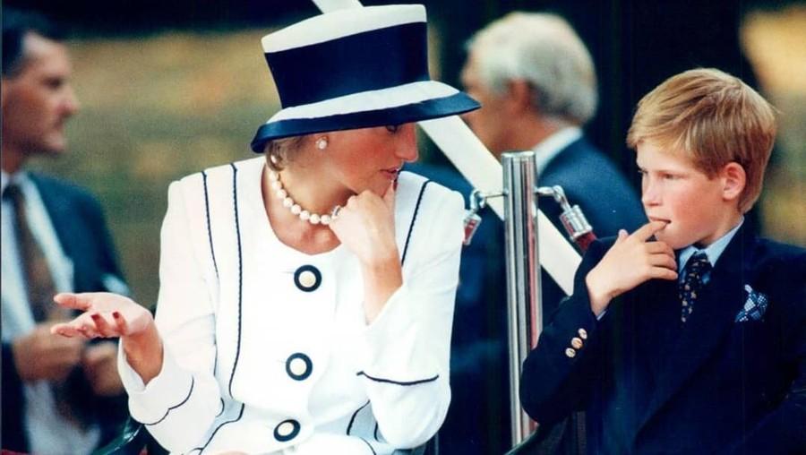 2 Putra Mahkota Ingin Putri Diana Hengkang dari Inggris, Kenapa?