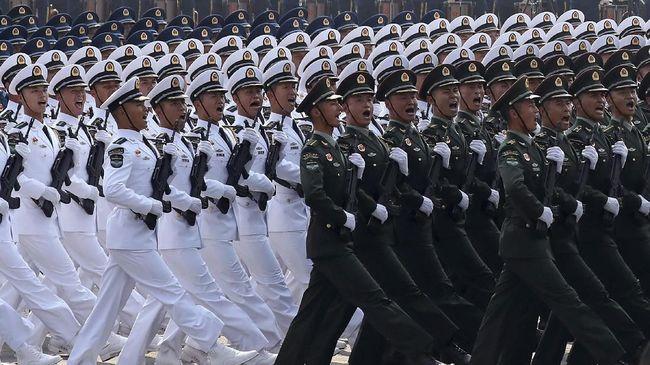 China Marah Besar Kapal Perusak AS Lintasi Selat Taiwan