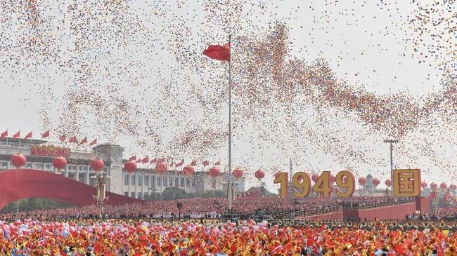 Hari jadi ke-70 Republik Rakyat China dihelat dengan parade militer besar-besaran.