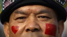 Seabad Partai Komunis China, Ribuan Anggota Baru Ikrar Setia