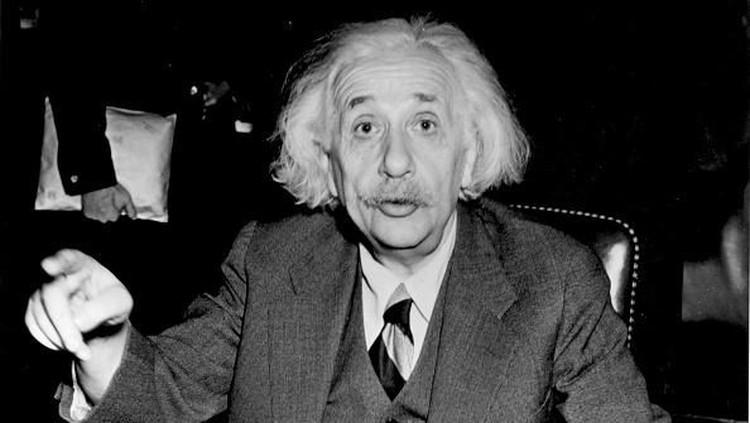 Ketika dunia memandang rendah Einstein kecil, Pauline Koch mempunyai cara sendiri untuk membuat putranya menjadi hebat.
