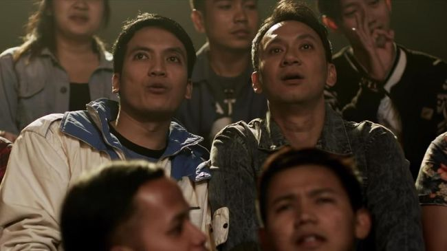 'Pretty Boys' mengisahkan Anugerah (Vincent Rompies) dan Rahmat (Desta) yang merantau ke Jakarta untuk menjadi pembawa acara televisi.
