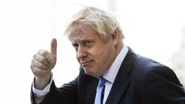 Mobil PM Inggris Tabrakan Akibat Diadang Demonstran