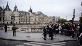 FOTO: Penikaman di Markas Besar Polisi Paris, 4 Orang Tewas