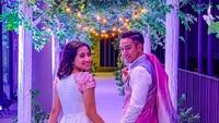Nuraeen dan Sufie Rashid baru saja menggelar resepsi pernikahan mereka. Dalam posting-an di Instagram, Rashid mengatakan kalau pesta pernikahannya menjadi ajang reunian teman dan keluarga. (Foto: Instagram @sufierashid)