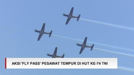 VIDEO: Atraksi 'Fly Pass' Pesawat Tempur di HUT Ke-74 TNI