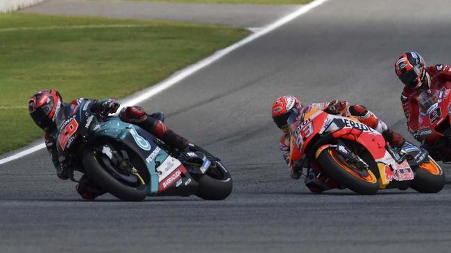 Valentino Rossi berharap Yamaha tidak melakukan hal gila dengan melepas Fabio Quartararo demi bisa menyaingi Marc Marquez di MotoGP.