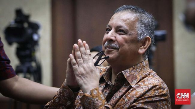 Mantan Dirut PLN, Sofyan Basir akan mendengar vonis Majelis Hakim Tipikor dalam kasus yang menjeratnya, proyek PLTU Riau hari ini.