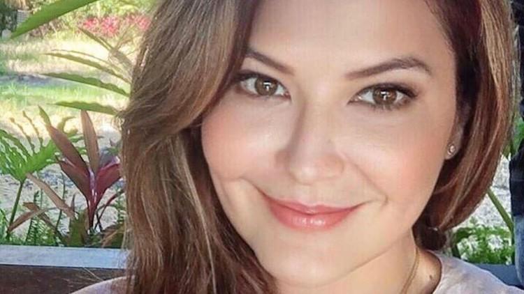 Kecantikan Tamara Bleszynski tak diragukan lagi. Baginya, cantik itu apa adanya saja, Bunda.