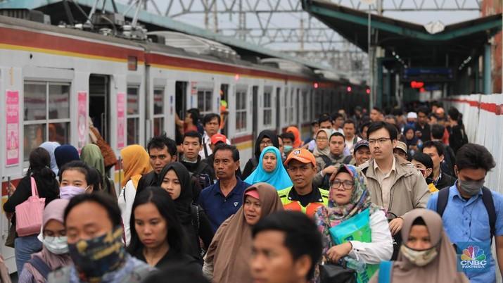 Stasiun Manggarai Bakalan Makin Semrawut, Ini Penyebabnya