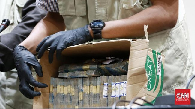Hingga 7 Oktober 2019, KPK telah mengamankan tujuh kepala daerah dalam operasi tangkap tangan pemberantasan korupsi di Indonesia.