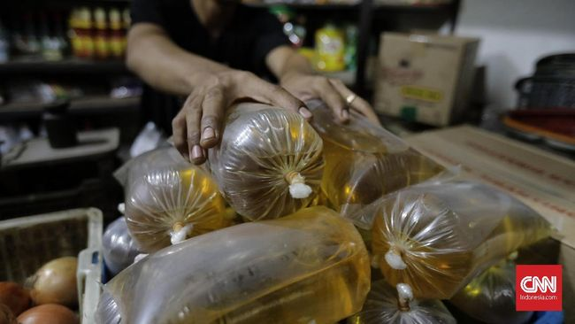 Bank Indonesia memperkirakan inflasi sebesar 0,01 persen pada September 2020. Salah satu pemicunya adalah kenaikan harga minyak goreng.