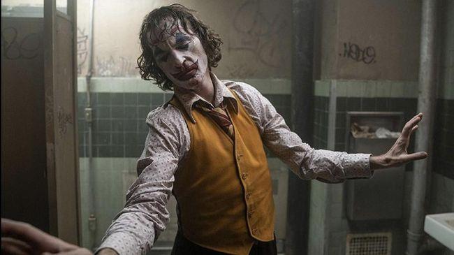 Aktor Joaquin Phoenix menyebut dirinya membaca naskah 'Joker' bersama ibu dan saudara perempuan sebelum menerima peran sebagai Arthur Fleck.