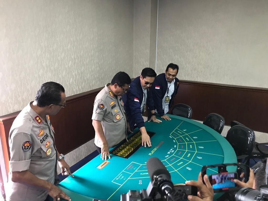 Apartemen Robinson: Kini Heboh karena Kasino, Dulu Ditegur Jokowi