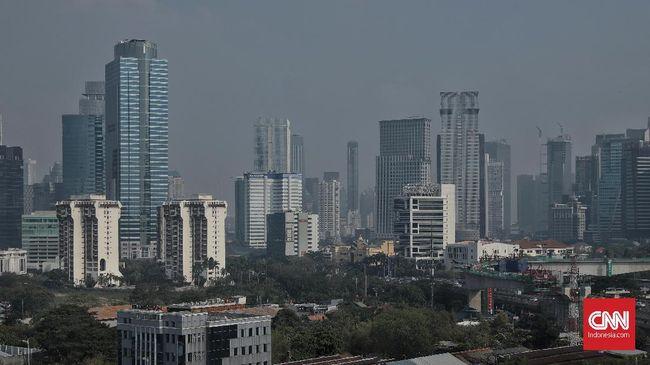 Realisasi investasi berdasarkan lokasi proyek terbesar diraih DKI Jakarta pada posisi pertama yang mencapai Rp41,1 triliun atau sebesar 20 persen.
