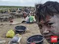 FOTO : Berburu Harta Karun Sriwijaya di Bekas Karhutla